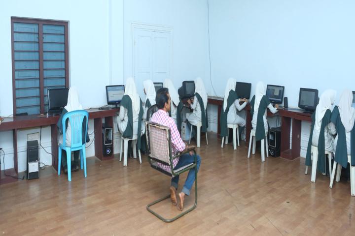 Jamia Salafiya English School-Computer Lab