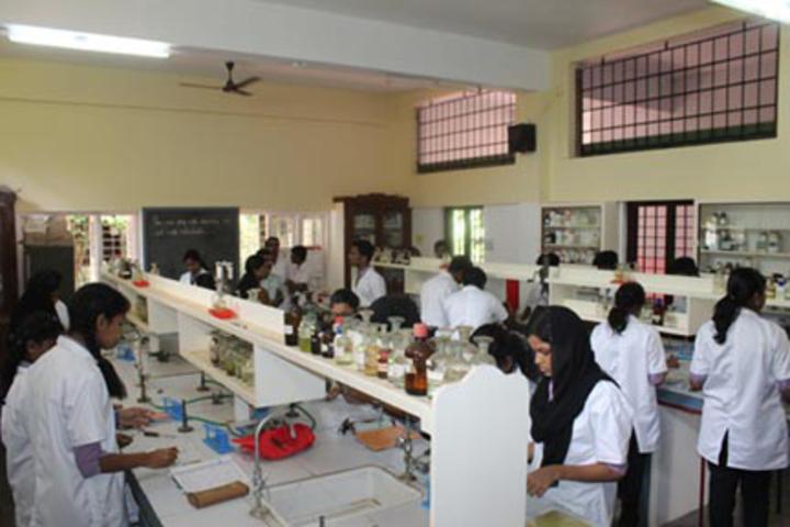K E Carmel Central School-Chemistry Lab