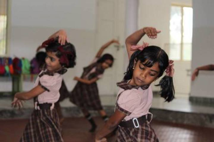 Kailasanadha Vidyanikethan-Dance Activity