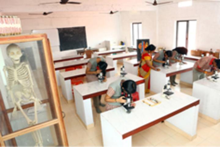 Kasturba English Medium School-Biology Lab