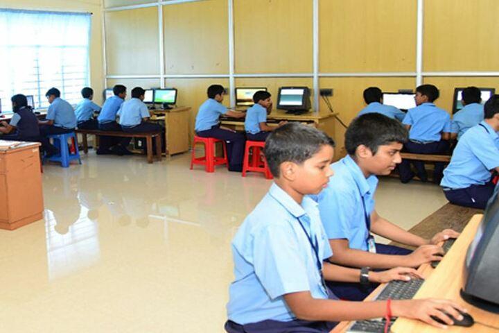 Kulapati Munshi Bhavans Vidya Mandir-Computer Lab