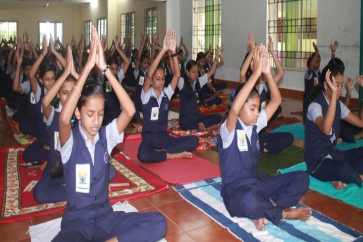 Lisieux English School-Yoga