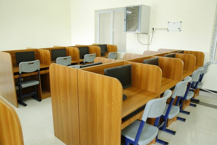 Manglalam English Medium Residential High School-Computer Lab
