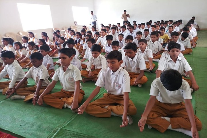 Maharshi Vidya Mandir- Meditation
