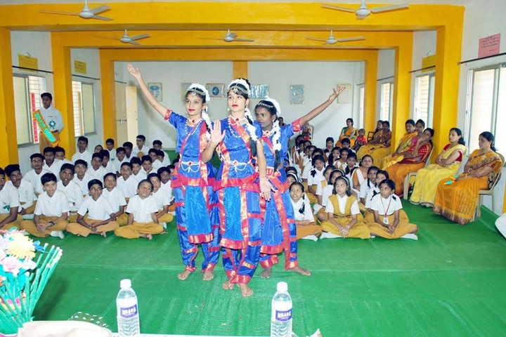 Maharshi Vidya Mandir- Dance