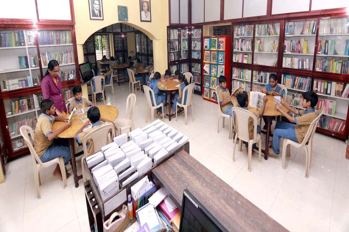 Mes International School-Library