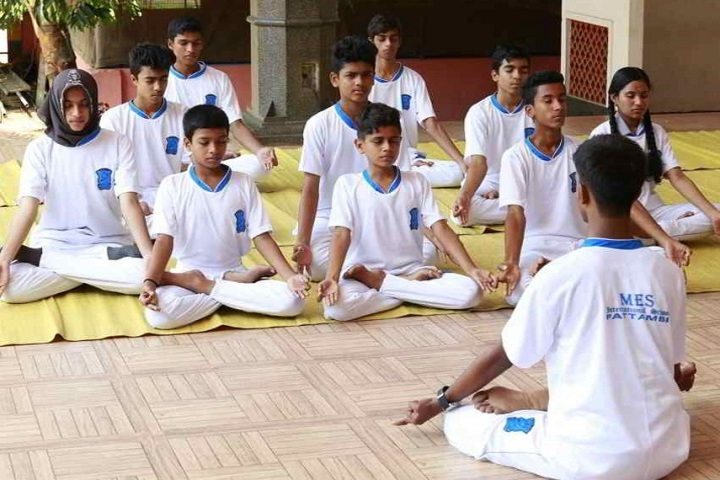 Mes International School-Yoga