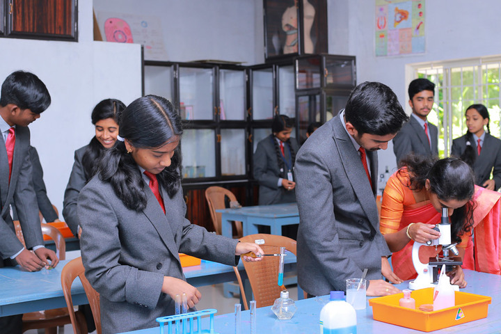Montfort Valley School-Biology Lab