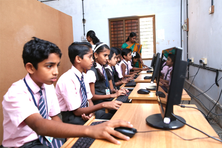 Mount Thabore Central School-Computer Lab