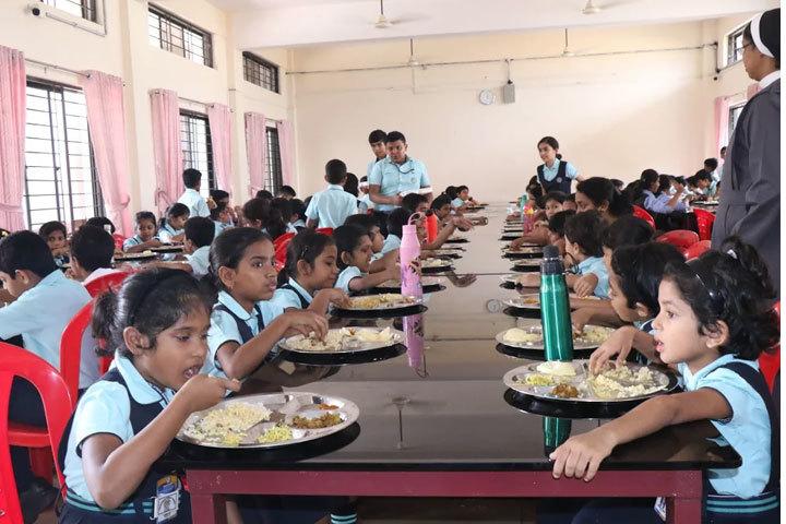 Naipunya Public School-Cafeteria
