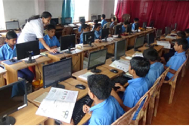 Prashanti Vidya Kendra-Computer Lab