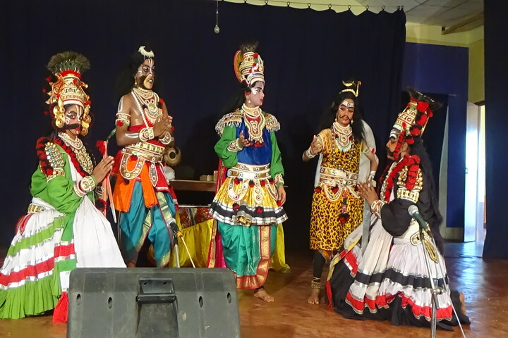 Prashanti Vidya Kendra-Drama