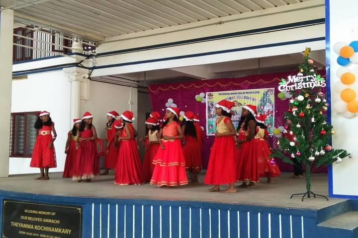 Pratheeksha Bhavan English Medium School-Christmas Celebration