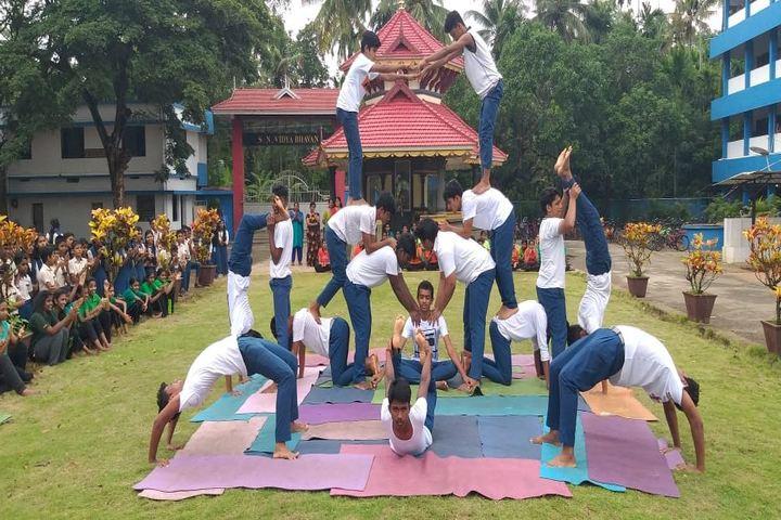 S N Vidya Bhavan Senior Secondary School-Yoga