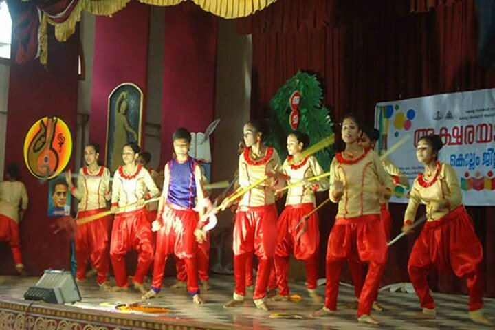 Sabarigiri English School-Dance