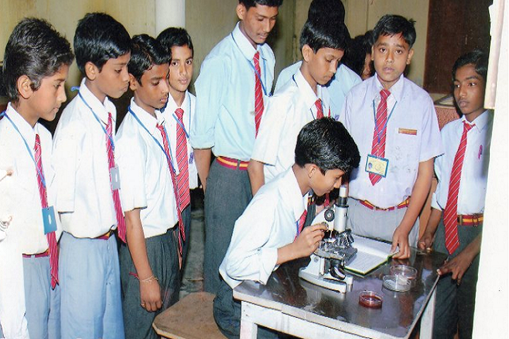 Prabhat Tara Children English Academy- Science Lab