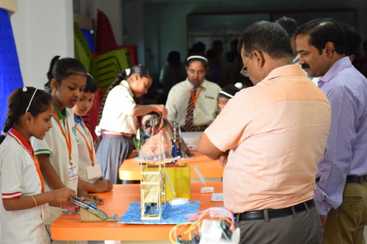Pranabananda Vidyamandir-Science Exhibition