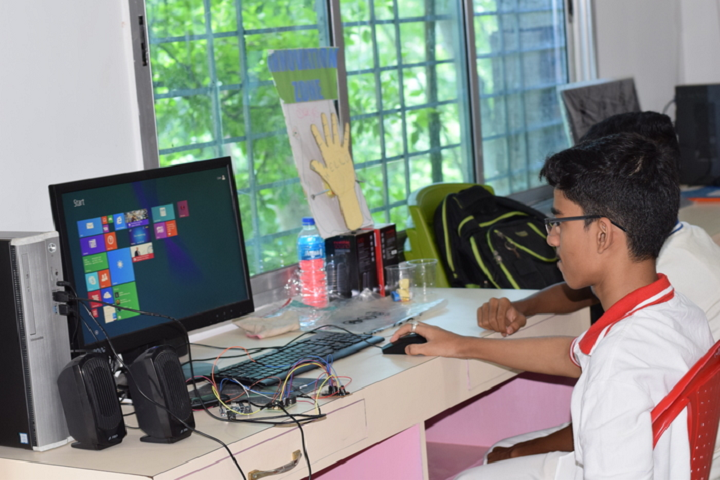 Pranabananda Vidyamandir-Computer Lab