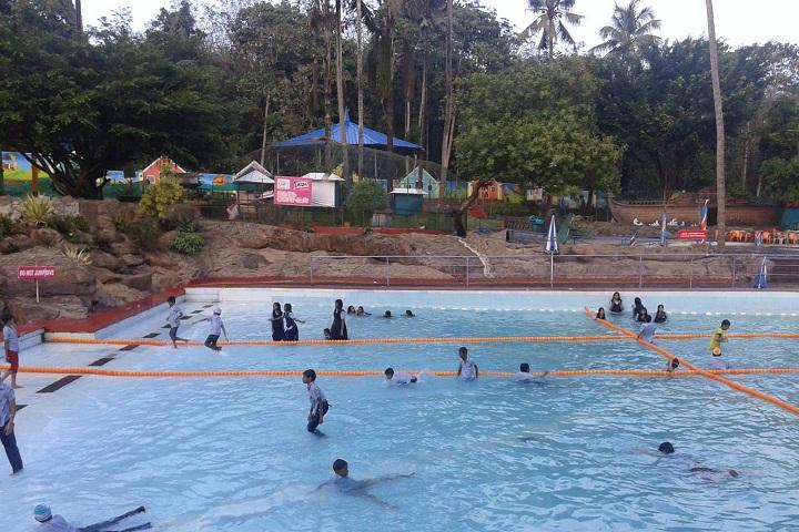 Saraswathy Vidya Bhavan Central School-Swimming Pool