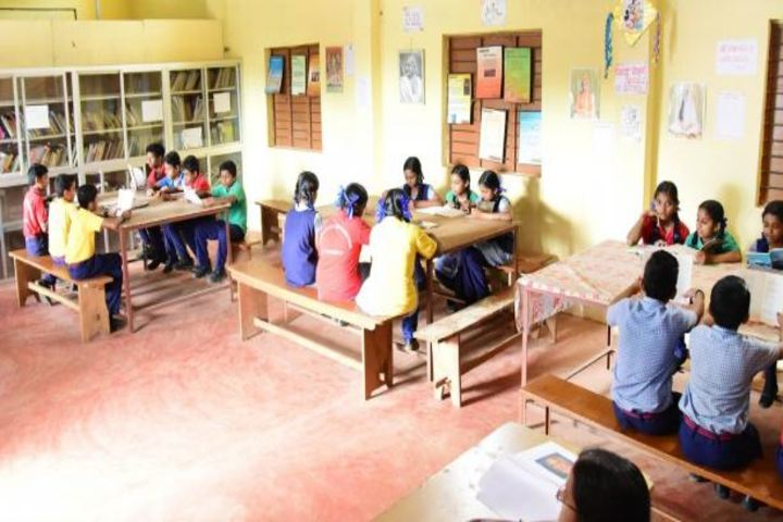 Saraswathy Vidya Niketan School-Library