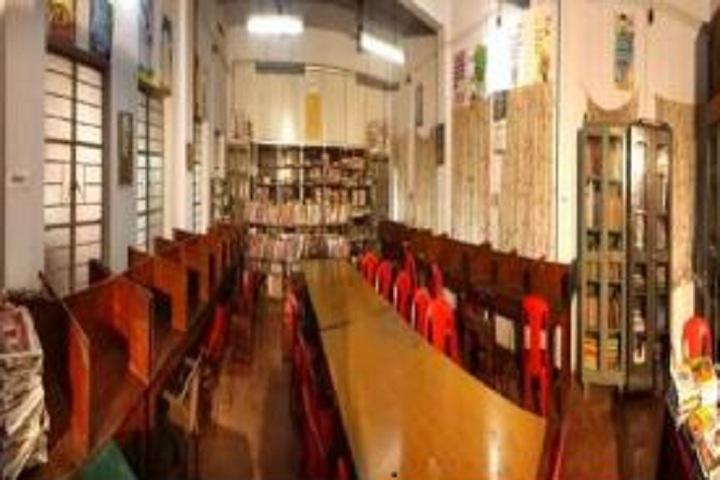 Spring Valley School - Library