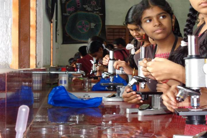 Sreekrishnapuram Central School-Physics Lab