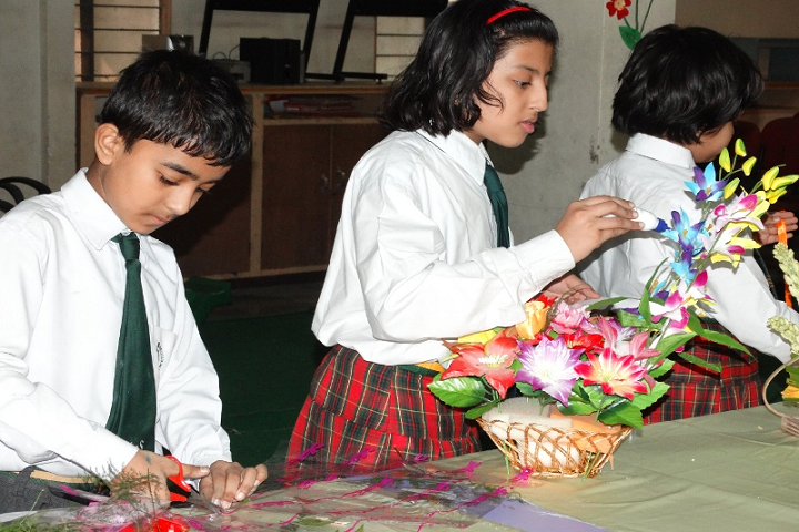 Spring Dale International School-Art and Craft