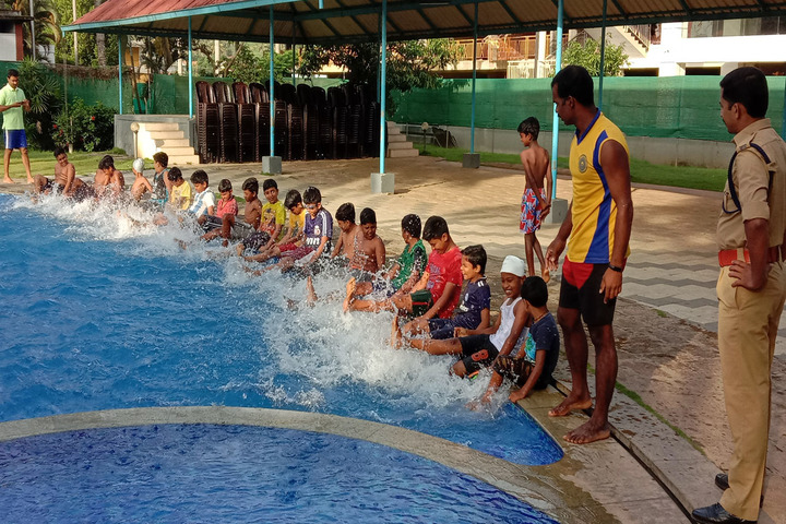 St JosephS School-Swiming