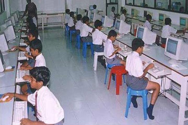 St Thomas Central School-Computer Lab