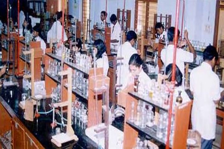 St Thomas Central School-Laboratory